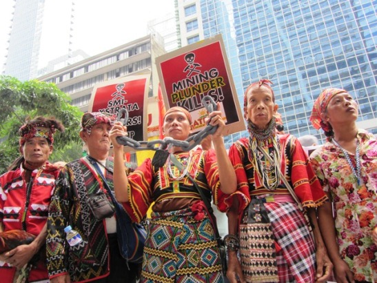 Indigenous members from Mindanao protesting in Manila over the environmental destruction and human rights violations due to the presence of the AFP and international mining companies (photo by Marya Salamat/Bulatlat).