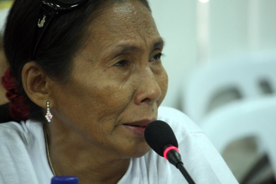 Long a victim of military repression here Adoracion Paulino is giving testimony at the Commission for Human Rights back in 2010 over her son's illegal arrest (photo by  Raymund B. Villanueva/Bulatlat).