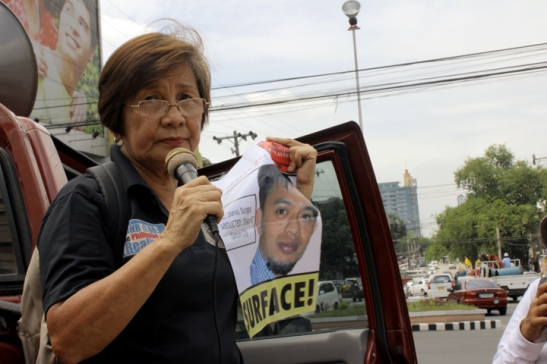 Edita Burgos, mother of Jonas, at a rally back in 2010 during the commemoration of the death of Ninoy Aquino asking the government to let her know what happened to her son (photo courtesy of Free Jonas Burgos Movement).