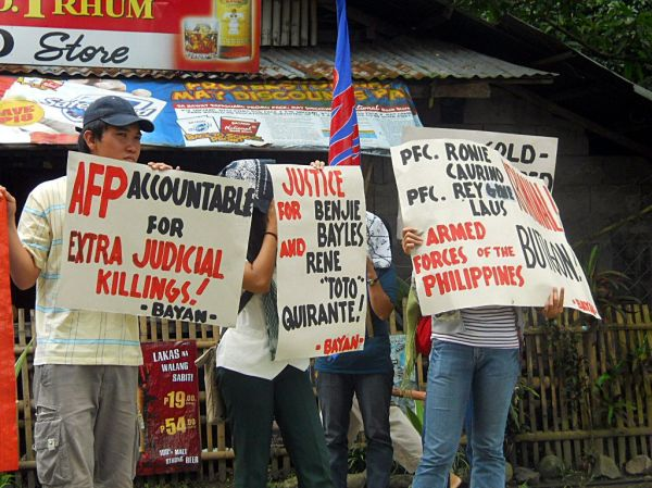Protestors decrying the killing of Benjamin Bayles, and others, by the Armed Forces of the Philippines back in 2010 (photo courtesy of Arkibong Bayan).