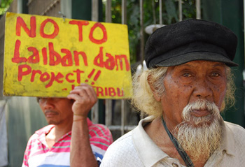 Members of Katribu Partylist in Manila protesting the Laiban Dam Project back in 2010 (photo courtesy of Bulatlat).